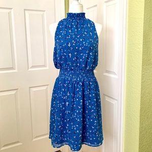 Beautiful blue cinched waist sleeveless dress.M